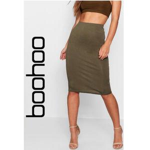 BooHoo - Petite April Basic Bodycon Midi Skirt